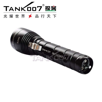TANK007潜水强光手电筒具备特点