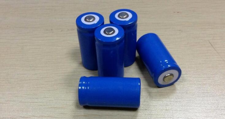 强光手电筒电池2.png