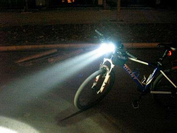 骑行LED手电筒